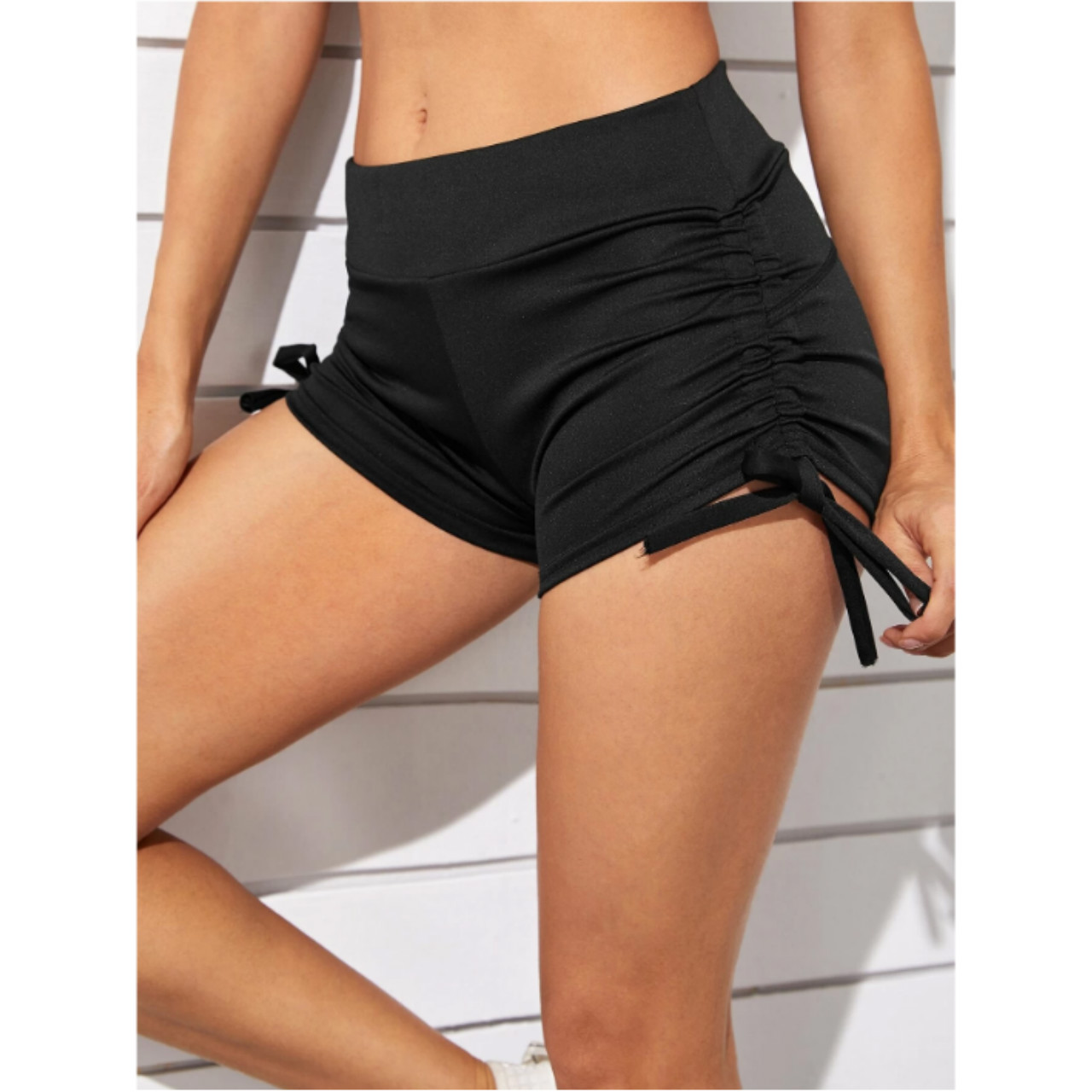 Drawstring ruched solid sports shorts m