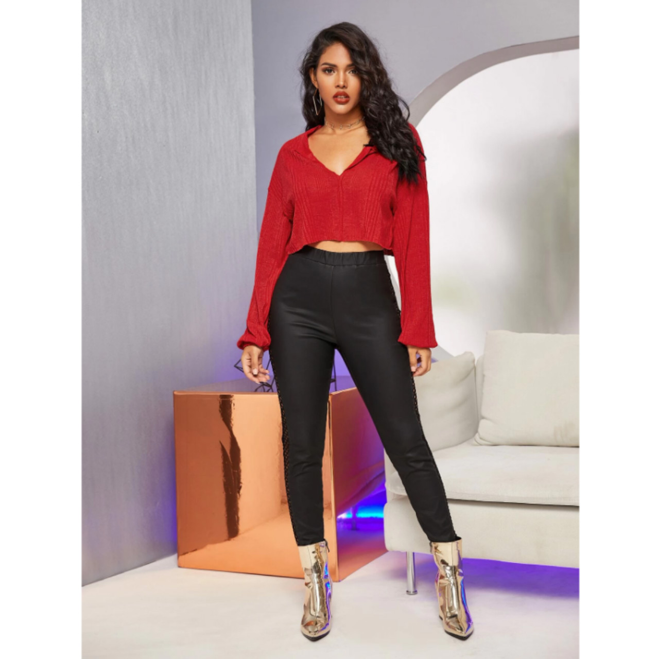 Ribbed notched raw-cut crop top m