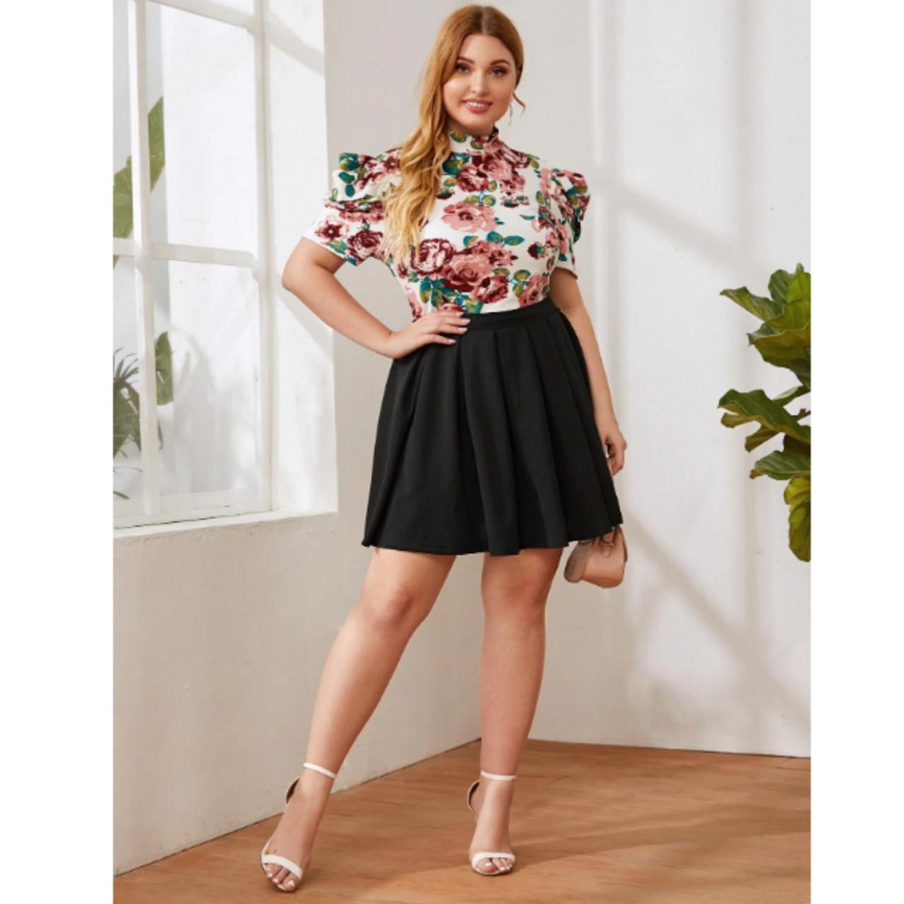 Plus zip back boxy pleated skirt 1xl