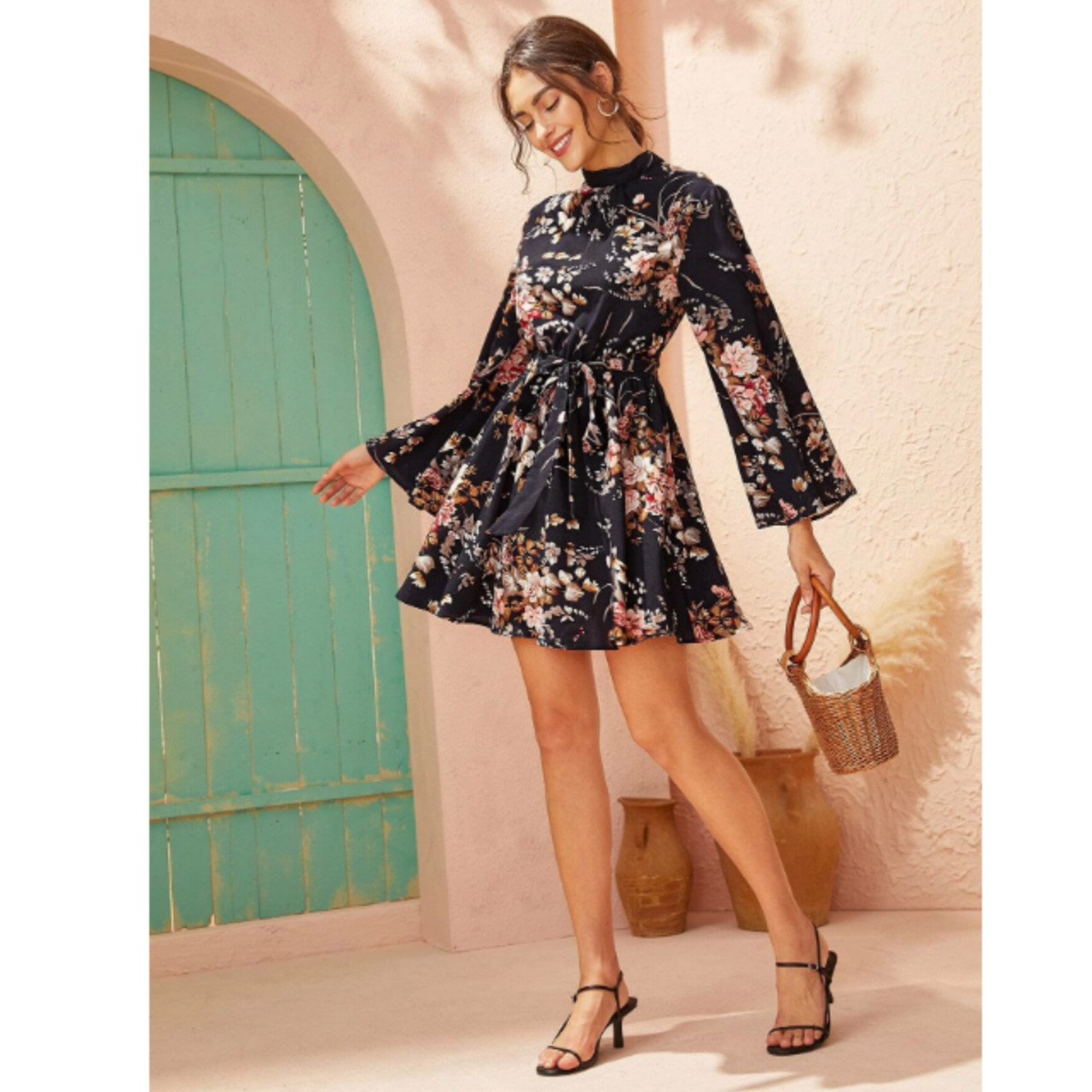 Tie open back self belted floral print dress xs